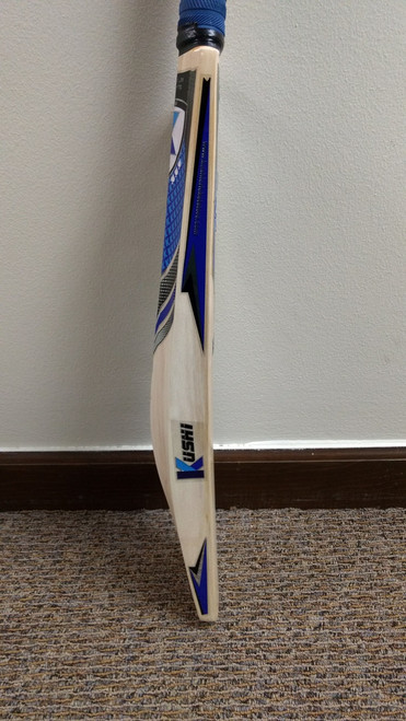 Kushi Blaster english willow cricket bat