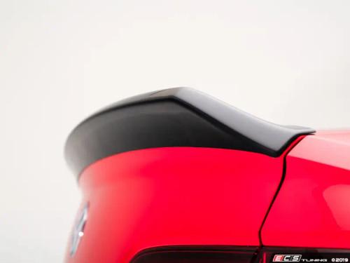 ECS Tuning MK7 Jetta Trunk Spoiler - Gloss Black ABS