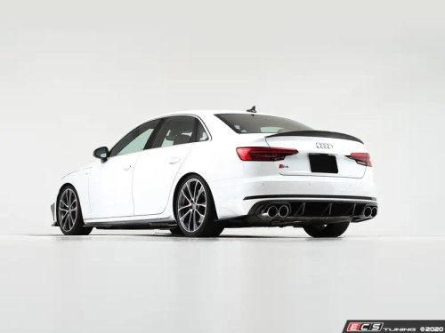 ECS Tuning Audi B9 S4 Rear Diffuser - Gloss Black (Fits pre-facelift models without integrated tips in the rear valance)