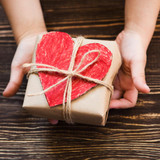 5 Kid-Friendly Ways to Give Back During the Holidays