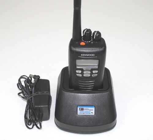 Kenwood TK-5320 K UHF (450-520MHz) Portable Radio P25 Digital