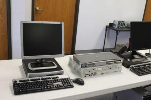 Motorola MCC7500 5-Position Dispatch Console (P25)