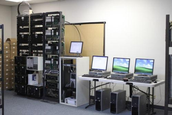 Motorola Centracom MTC3600 UHF Smartnet Trunking System (5ch)