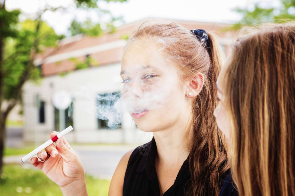 How to Tell if Your Kid Is Vaping