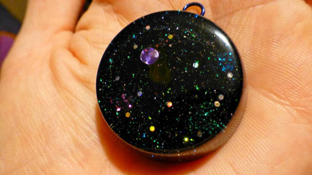 Orgone Pendant, The UNIVERSE is in your hand