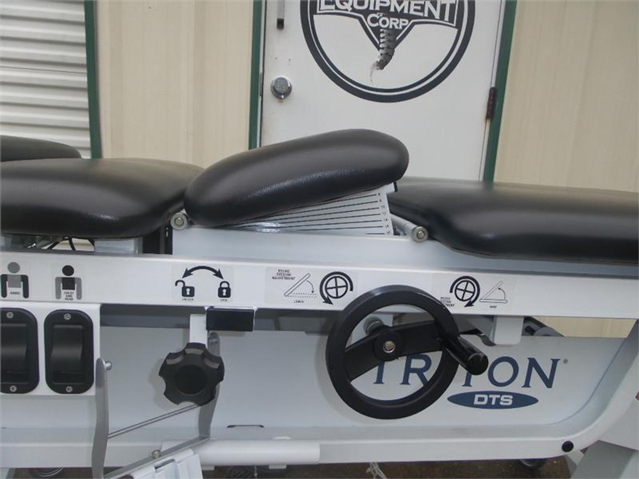 Used Chattanooga Dts 600 Decompression table