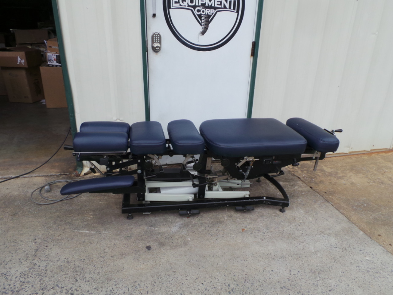 Used Chattanooga Ergo Flexion Elevation Table 5 Drops