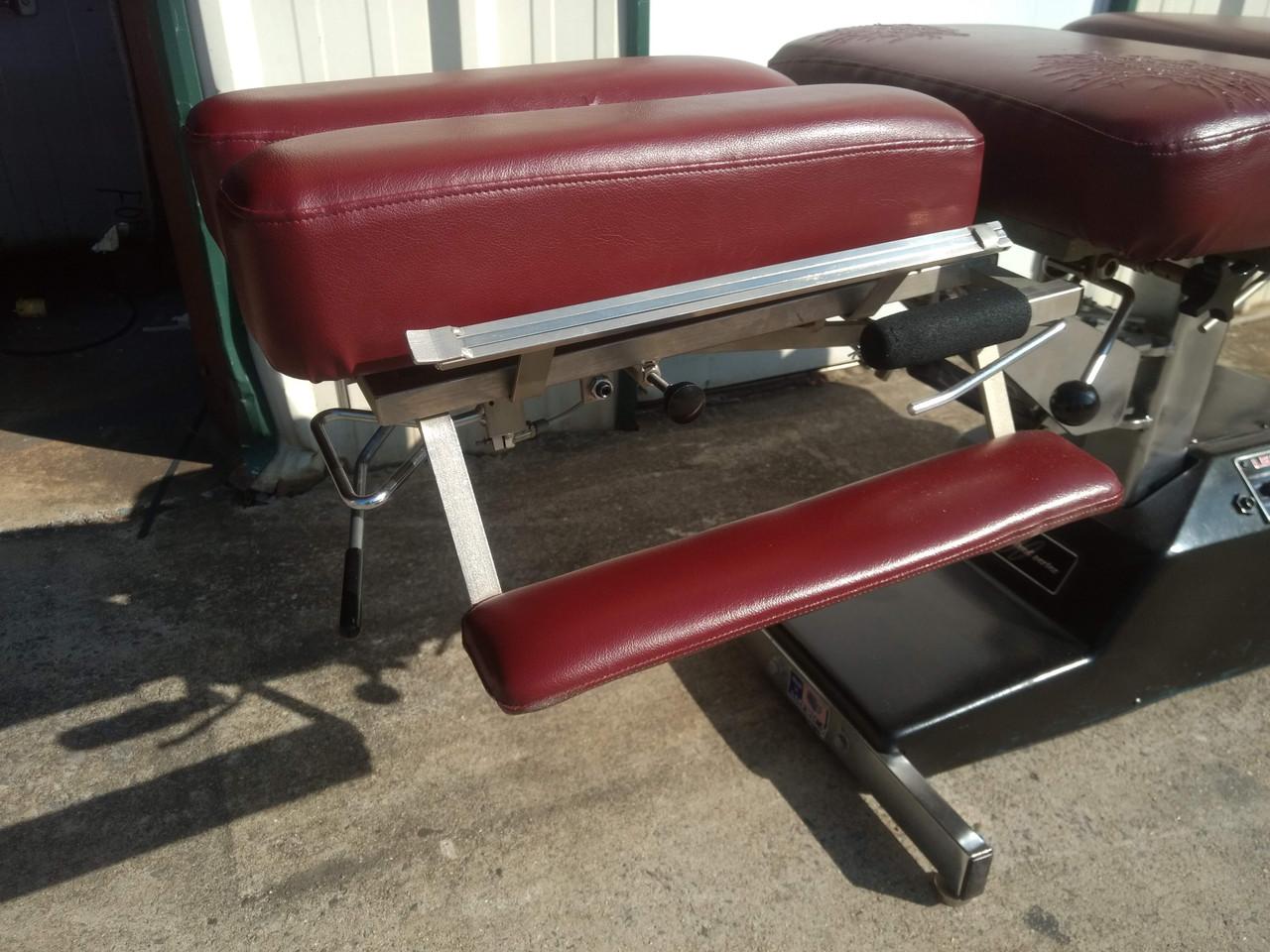 Used Leander 900 Auto Flexion Elevation Table