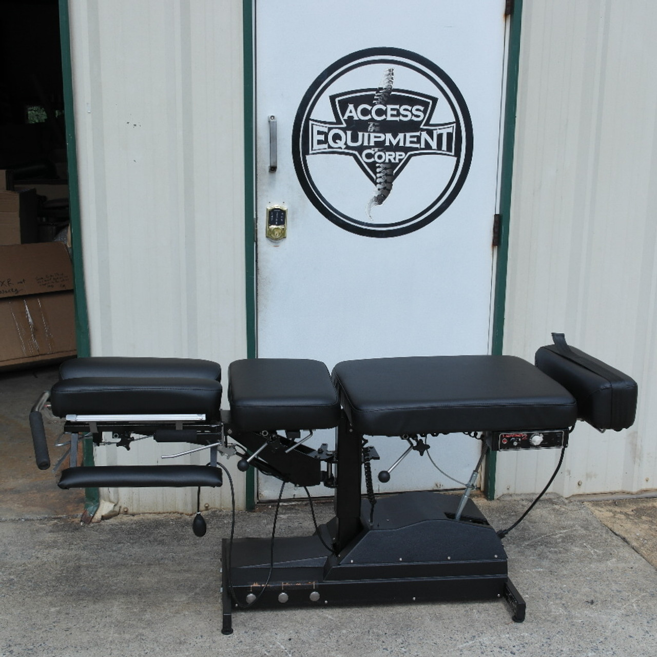 Used Leander 900Z Elevation Auto Flexion Table