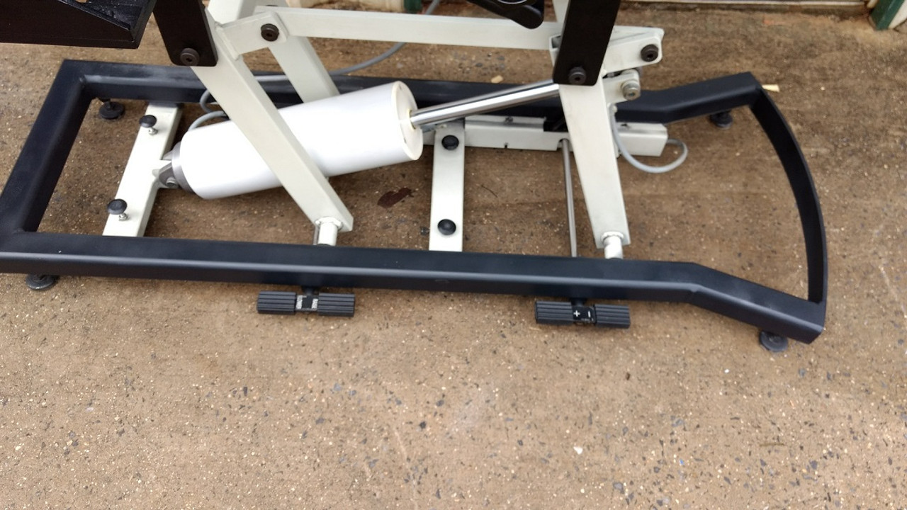 Used Chattanooga Ergo Flexion Elevation Table 5 Drops -Black