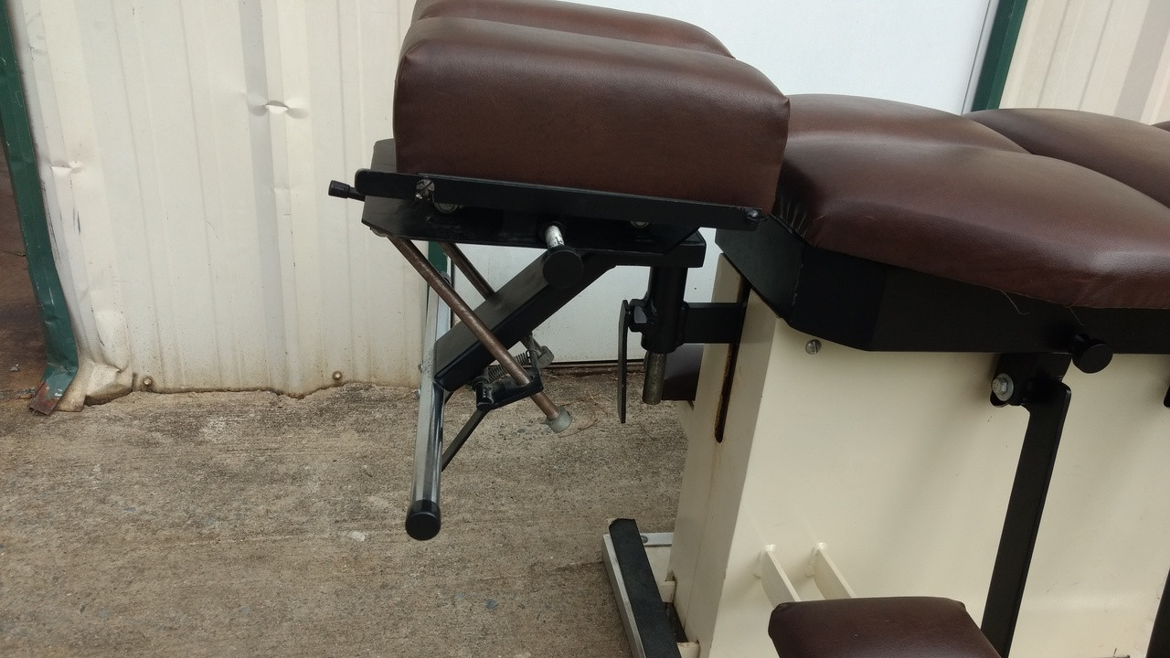 Used Summit Flexion Table - 25 Inches tall