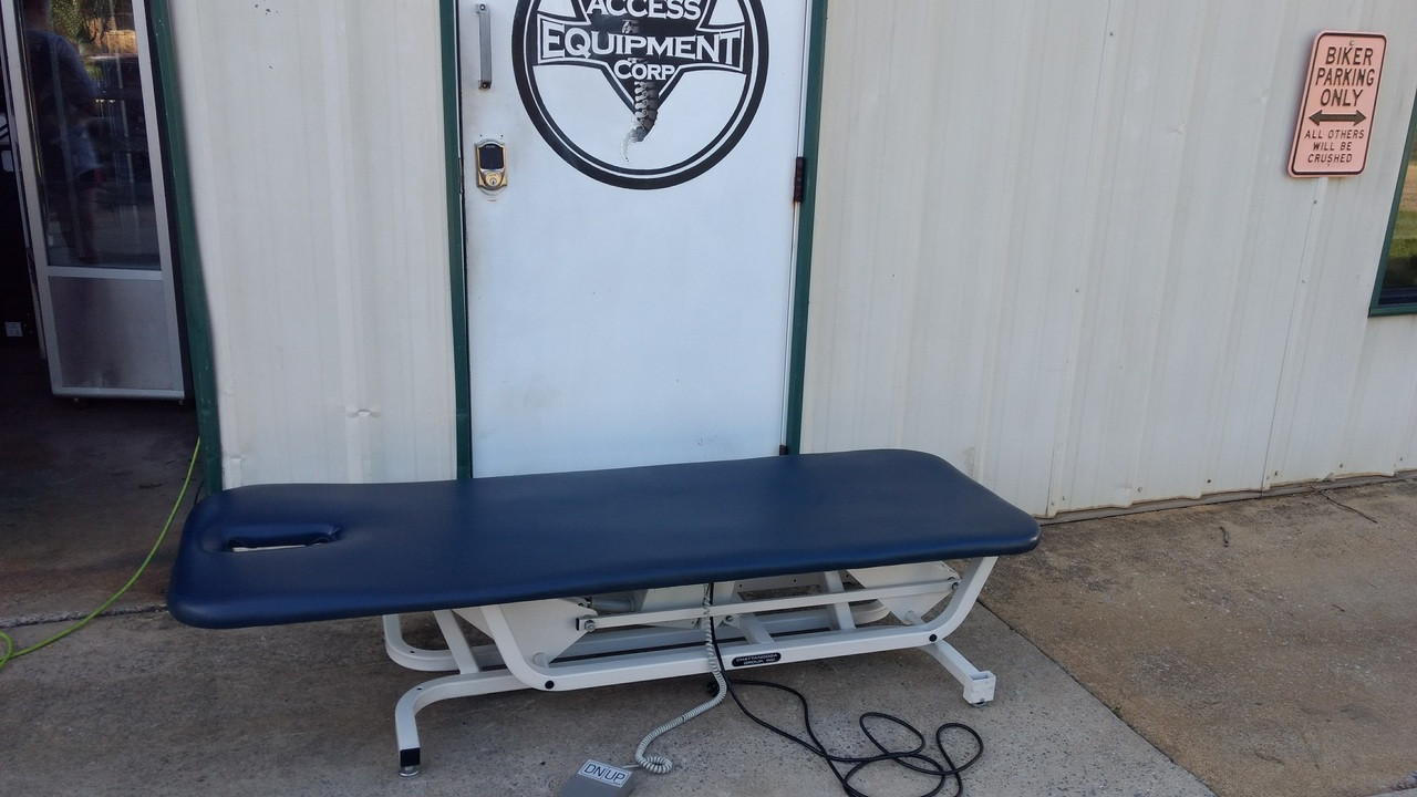 One Section Chattanooga Elevation Table with Face slot