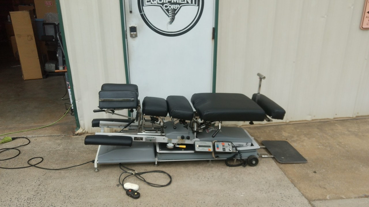 Used LLoyd Galaxy Ultimate Auto & Manual Flexion Table