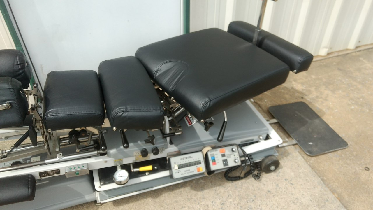 Used LLoyd Galaxy Ultimate  Auto & Manual Flexion Table/  Manual CD,DD,LD & PD Drop/Height Select