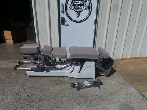 Looking for the BEST prices on a Used Zenith III 220 Table ,Used Zenith III 220,Used Zenith II 220 for sale, Used Zenith  220 table,Used Zenith III 220 chiropractic table, Used Zenith III 220 adjusting table, Used Zenith 220 table for sale?