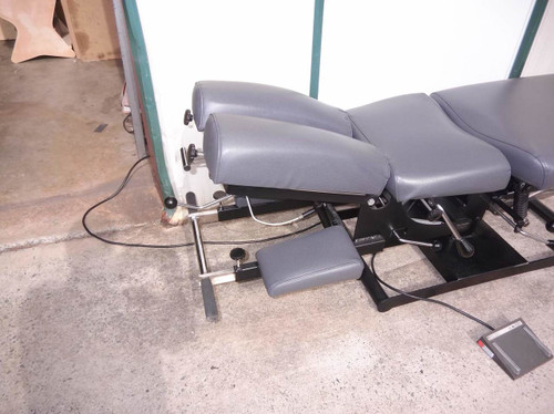 Used Titan Elevation Manual Flexion Table