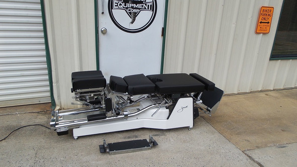 This Used Zenith II 220S Hylo Table comes with Tilt  and with Infinite Lift Elevating Head,Forward Motion Cervical Drop,Breakaway Chest,Elevating Pelvic ,elevating ankle Pelvic Drop ,Optional Electric Power Front Section & Optional Tuckaway Footboard.
