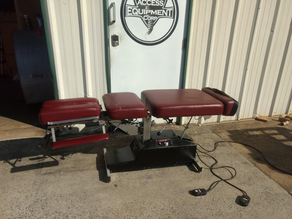 Used Leander 950 Auto Flexion Elevation Table with 3 Drops