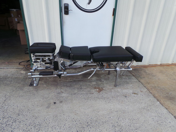 This Used Zenith 60 Stationary table comes standard with Forward Motion Cervical Drop with Pierce 3 way movement , Dorsal Drop and Elevating Pelvic & ankle and Pelvic Drop.