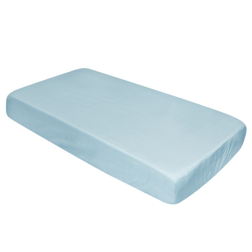 Size: 102cm x 63cm x 10cm Materials: 100% Polycotton Features: High Quality and durable fitted sheet.