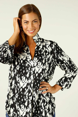 Black & White Nano Blogger Shirt