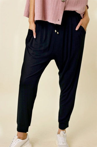 Black Bamboo Slouch Pant
