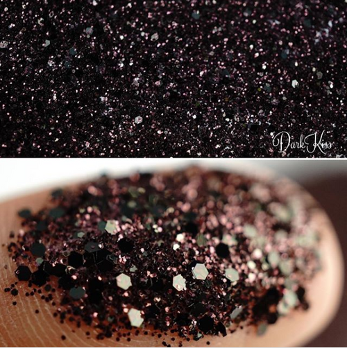 Dark Kiss Loose Glitter