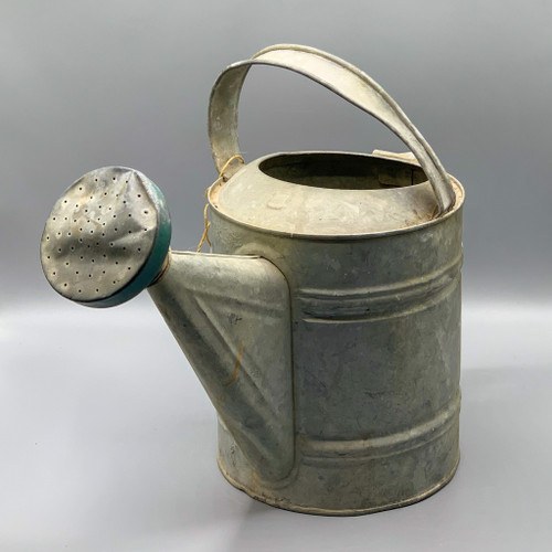8 qt. Vintage Watering Can