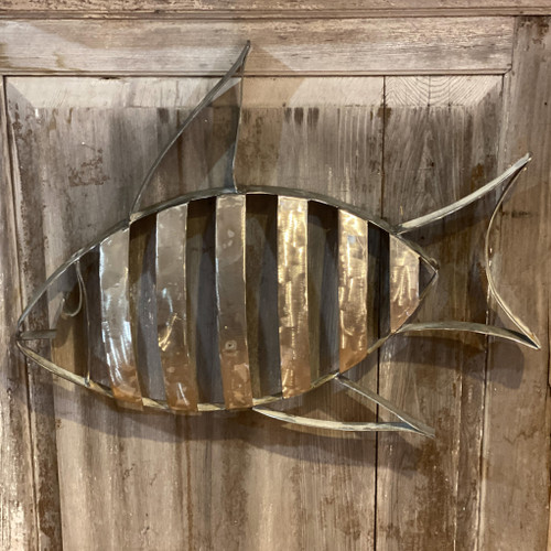 Barrel Art Striped Fish Wall Decor