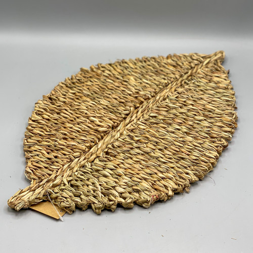 Woven Seagrass Leaf Shaped Placement