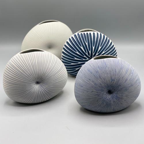 Diva Round Mini Ceramic Vase