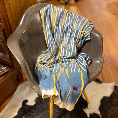 Vintage Baule Throw Blanket, Blue & Yellow