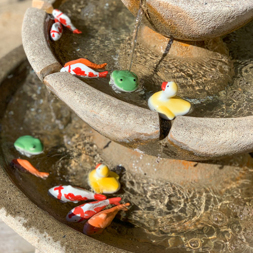 Floating frog, duck & fish