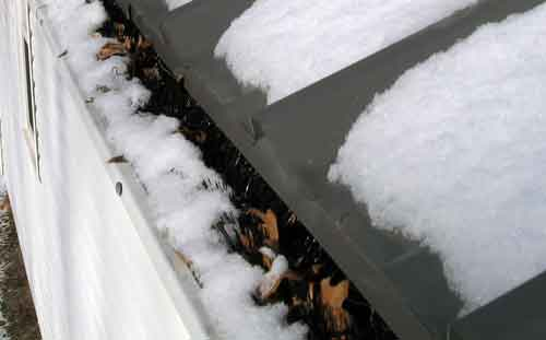 LeafBlox Melts the Snow in the Gutter