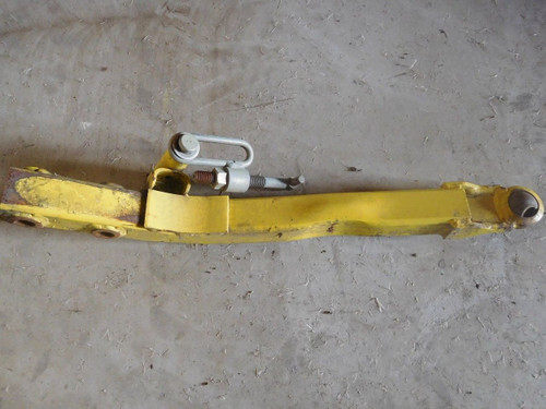 "JOHN DEERE 60"" deck RH lift Arm f911 f925 f930 f935 f1145 PT # AM101910"