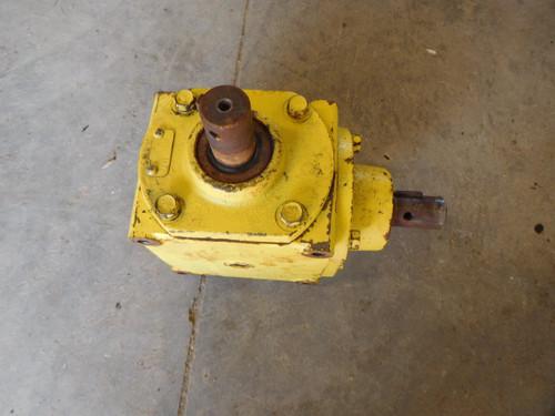 """JOHN DEERE F912 F925 F935 Rear Discharge 60"""" deck Gearbox PT# AM101682"""