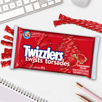 Twizzlers Strawberry Flavored (454g / 16oz per pack) {Imported from Canada}