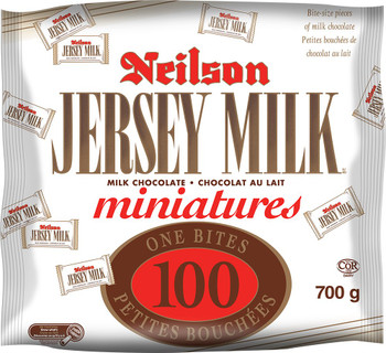Halloween Jersey Milk 100 Count Minis 700 Gram {Imported from Canada}