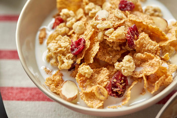 Post Cranberry Almond Crunch Cereal 1.1kg/2.2 lbs. {Imported from Canada}