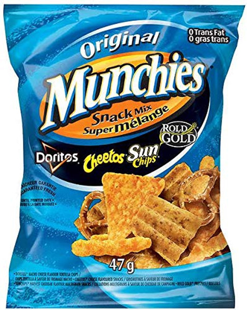 Frito Lays, Box of Munchies Original Snack Mix, (40ct x 47g/1.7 oz.) {Imported from Canada}