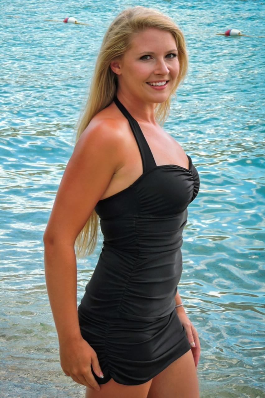 f59608b1a7 Women s Black Slimming Halter Tankini Top - Sunnyside Swimwear