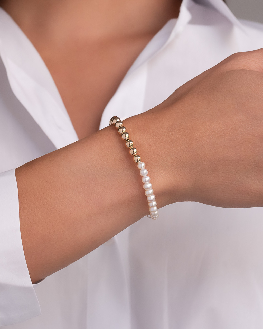 14k Gold Bead and Pearl Bracelet