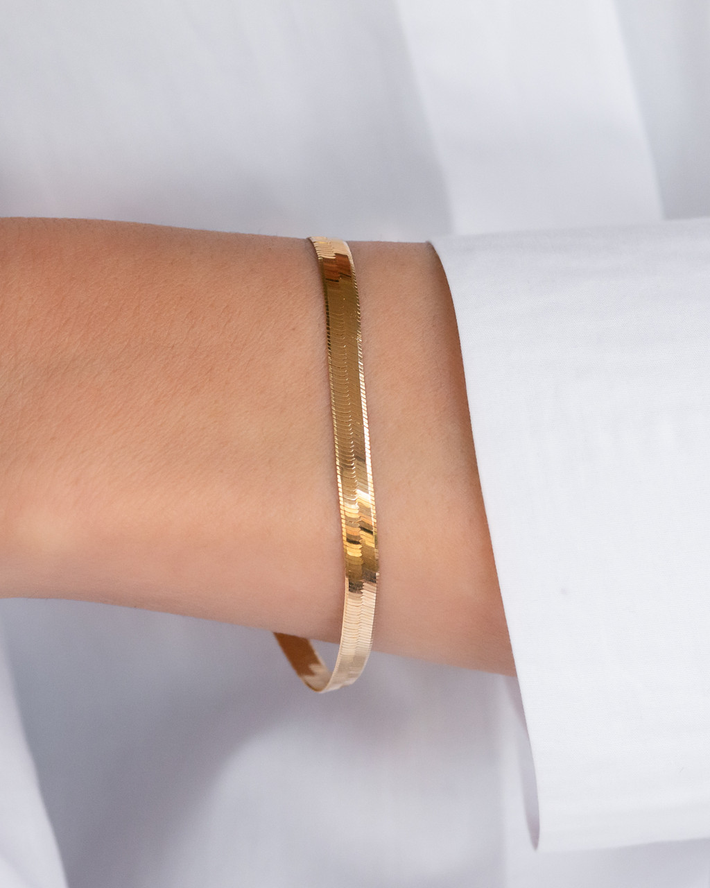 14k Gold Large Herringbone Bracelet