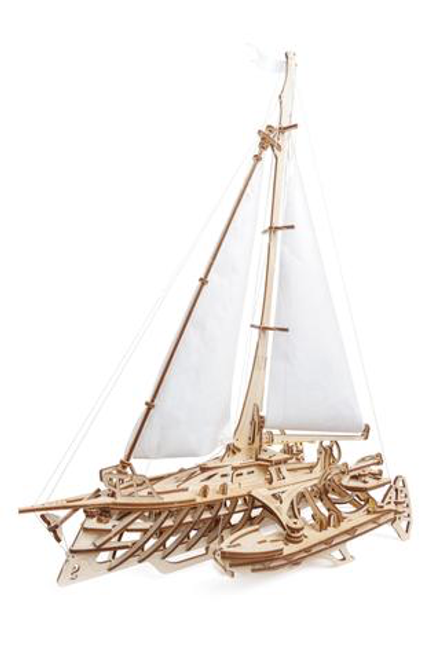 Trimaran Merihobus Model