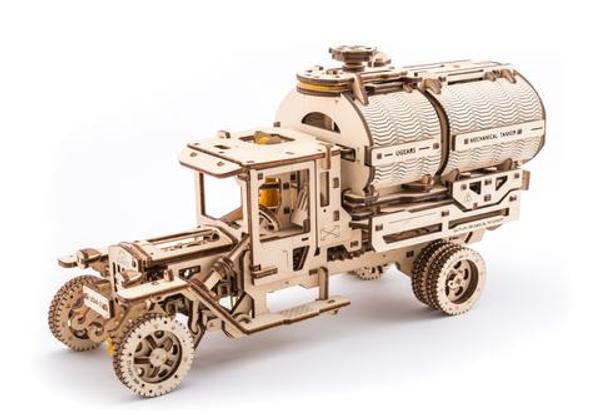 Tanker - Model