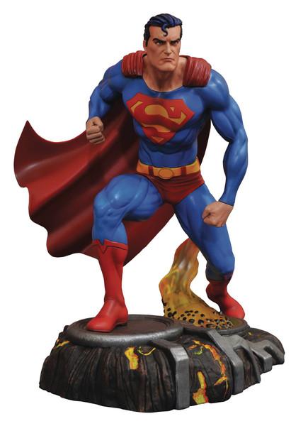 DC GALLERY SUPERMAN COMIC PVC FIGURE