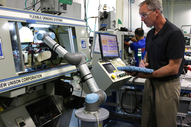 Universal Robots Training Package 108060