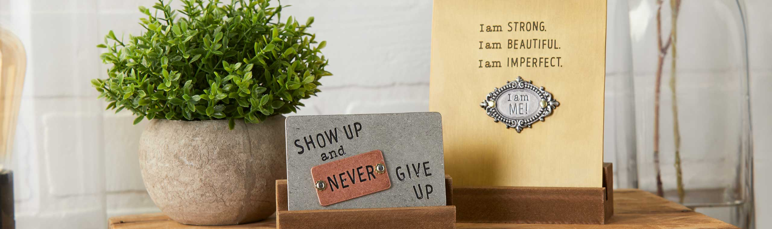 Photo of metal cards with insprational quotes
