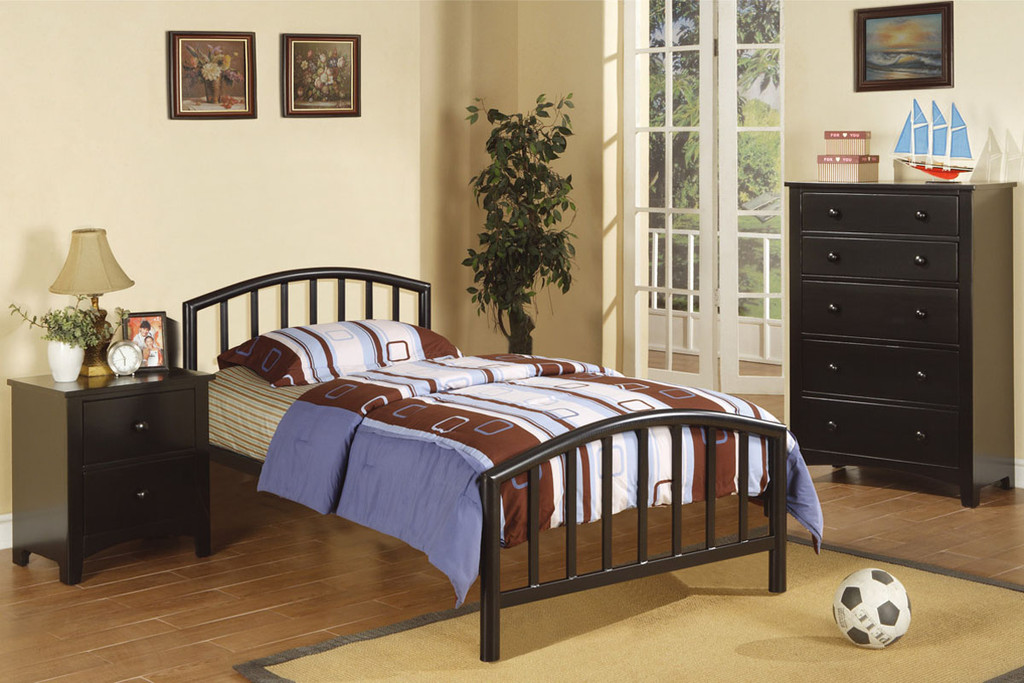 BLACK METAL FRAME TWIN/FULL SIZE BED