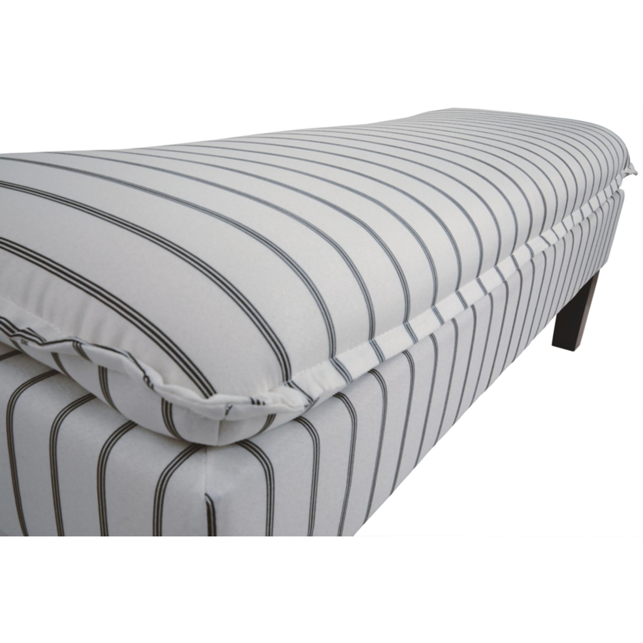 Super Arrowrock White Grey Accent Bench Creativecarmelina Interior Chair Design Creativecarmelinacom